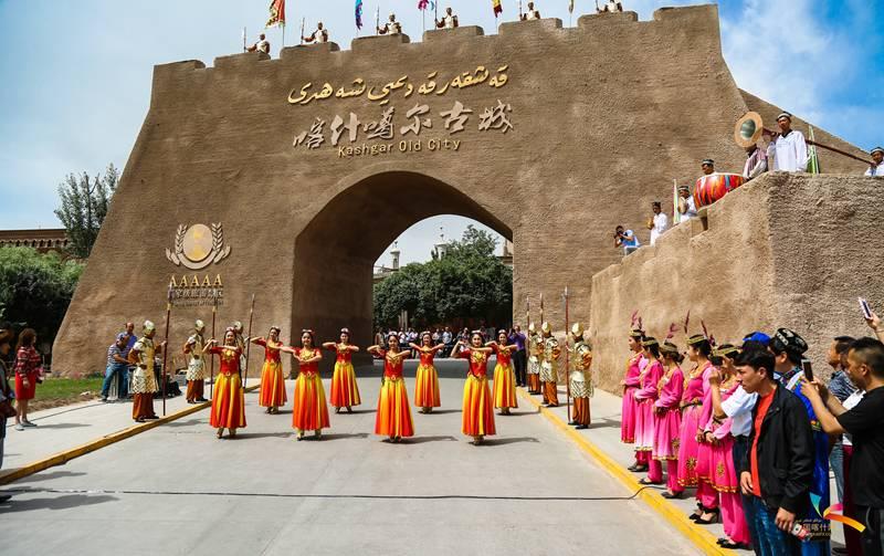 深圳助推喀什古城成功获评国家5a级景区.
