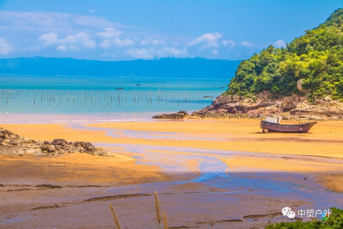 嵛山岛码头; 3,步行5分钟,前往宾馆入住稍作休息; 4,下午前往沙滩游玩