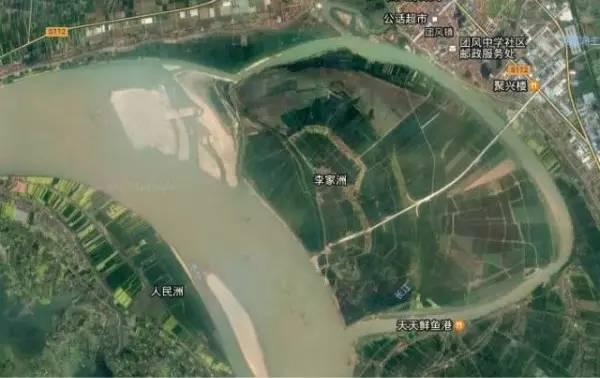 昔为荒岛,1949年后围垦,已经阡陌相连,为武汉市的瓜果生产基地,盛产