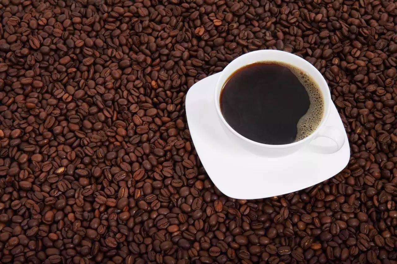 granos de café café frijol fondo bebida