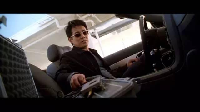 2006年,接拍好莱坞动作片《游侠》,李连杰的电影生涯就此开始 .