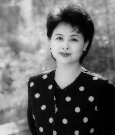长沙籍央视主持人肖晓琳病逝,遗言曝光惊醒无数人,原来她最看重这