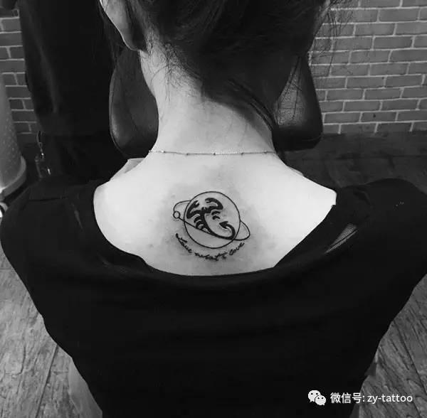 女生后背射手座女神卡通纹身 o 星座控的最爱,手臂摩羯座个性纹身图案