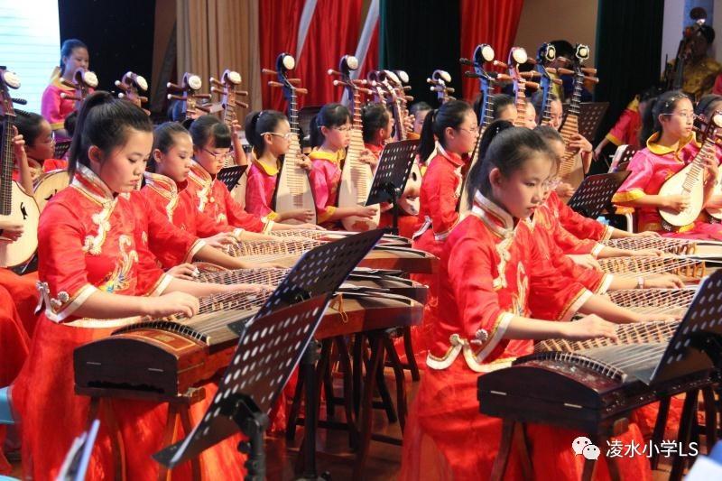 笛谱小星星-古筝与乐队《丰收锣鼓》   云锣与乐队《阿拉木汗》   《瑶族舞曲》   江