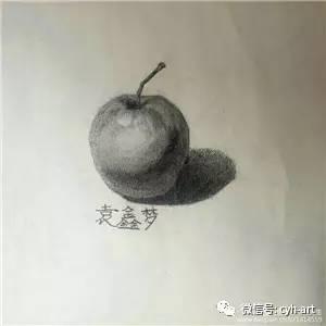 袁鑫梦 在绘画的时空里尽情舞蹈