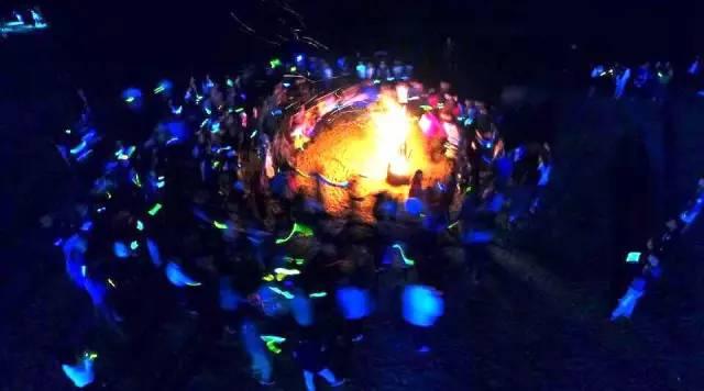 门票免费送 送 送 2017杭州绿科秀玫瑰灯光节璀璨来袭 美食嘉年华水枪大战,清凉一夏