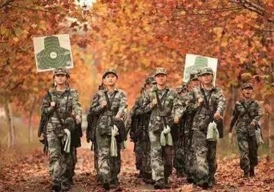 《打靶归来》02太帅了!中国武警男声合唱团