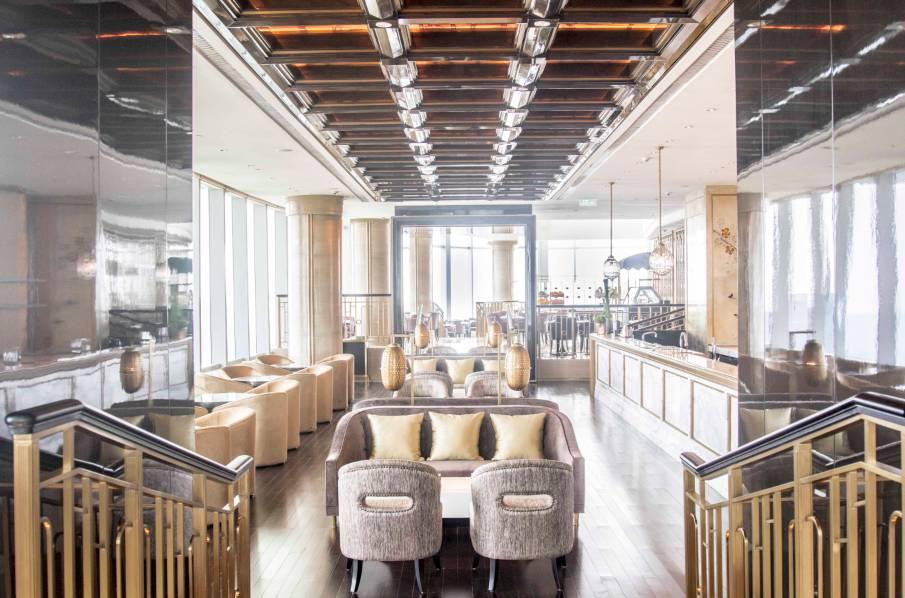 99全日餐厅 ▼ 欧式风格餐厅,尽览城市风景 ▼ 经典的红丝绒蛋糕 咖啡