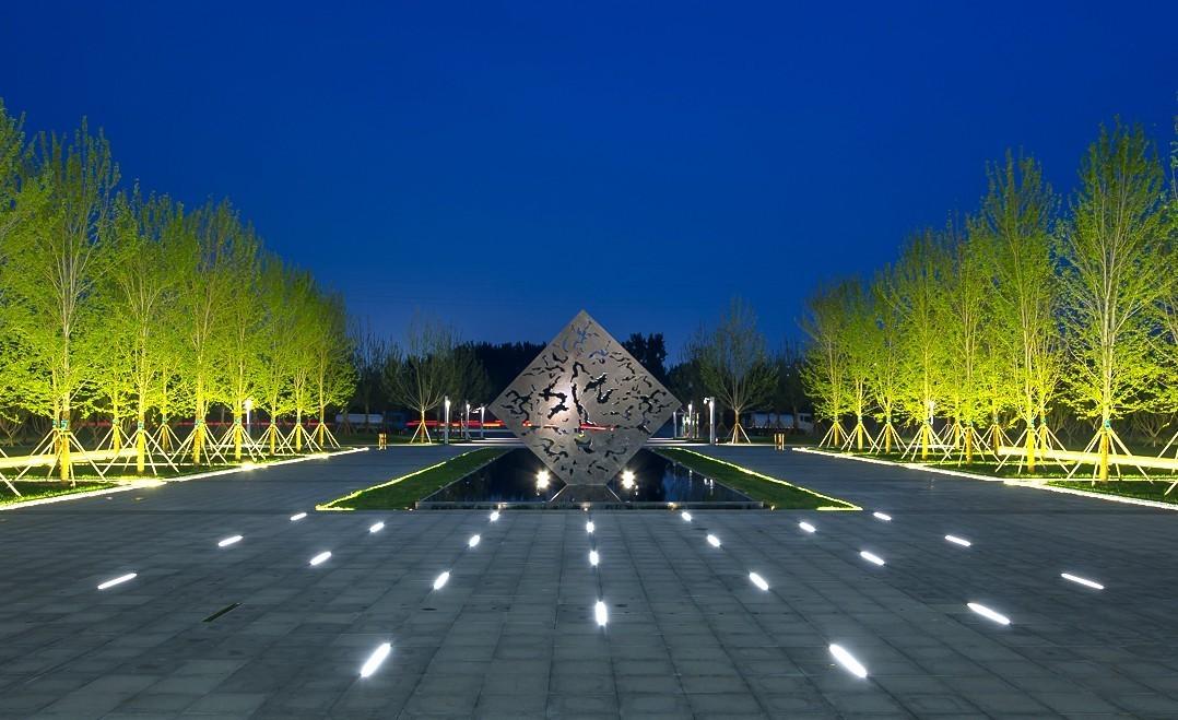 简历的模版镜面让参观者水池怡然沉静两侧的树阵轴线设计人精心平面设计中轴cdr方块图片