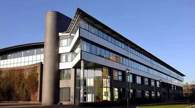 英国金融专业的就业方向和CFA认可的大学及专业