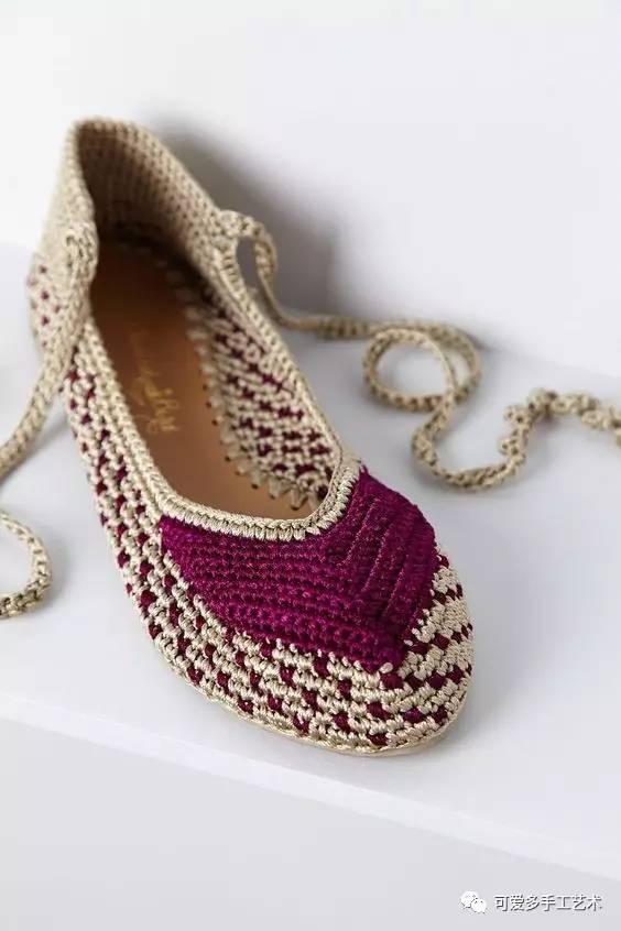 去年的旧鞋翻新成钩针凉鞋和拖鞋来穿穿,时尚一整夏!
