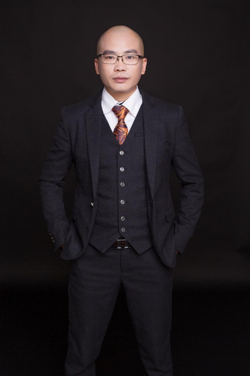 专访久宝直播创始人张博伟:从开拓南红市场到玉石直播