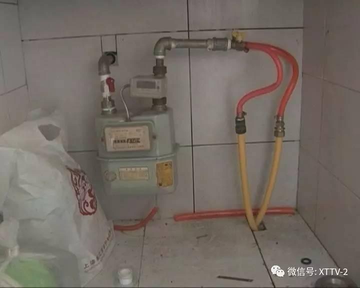 热水器 一个燃气灶,一年有360方气,这个地方算起来有十年了,加燃气表图片