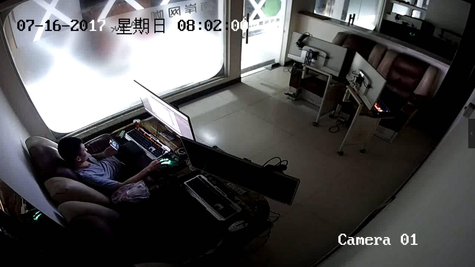 妙龄女子酒店电梯内小便 被监视器拍下全程(图)_... _天涯社区