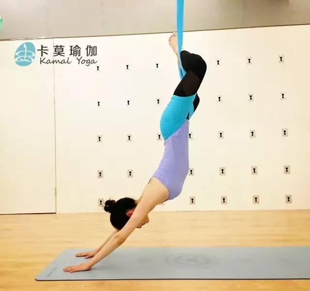 瑜伽笔记 | 空中瑜伽入门精讲_搜狐体育_搜狐网