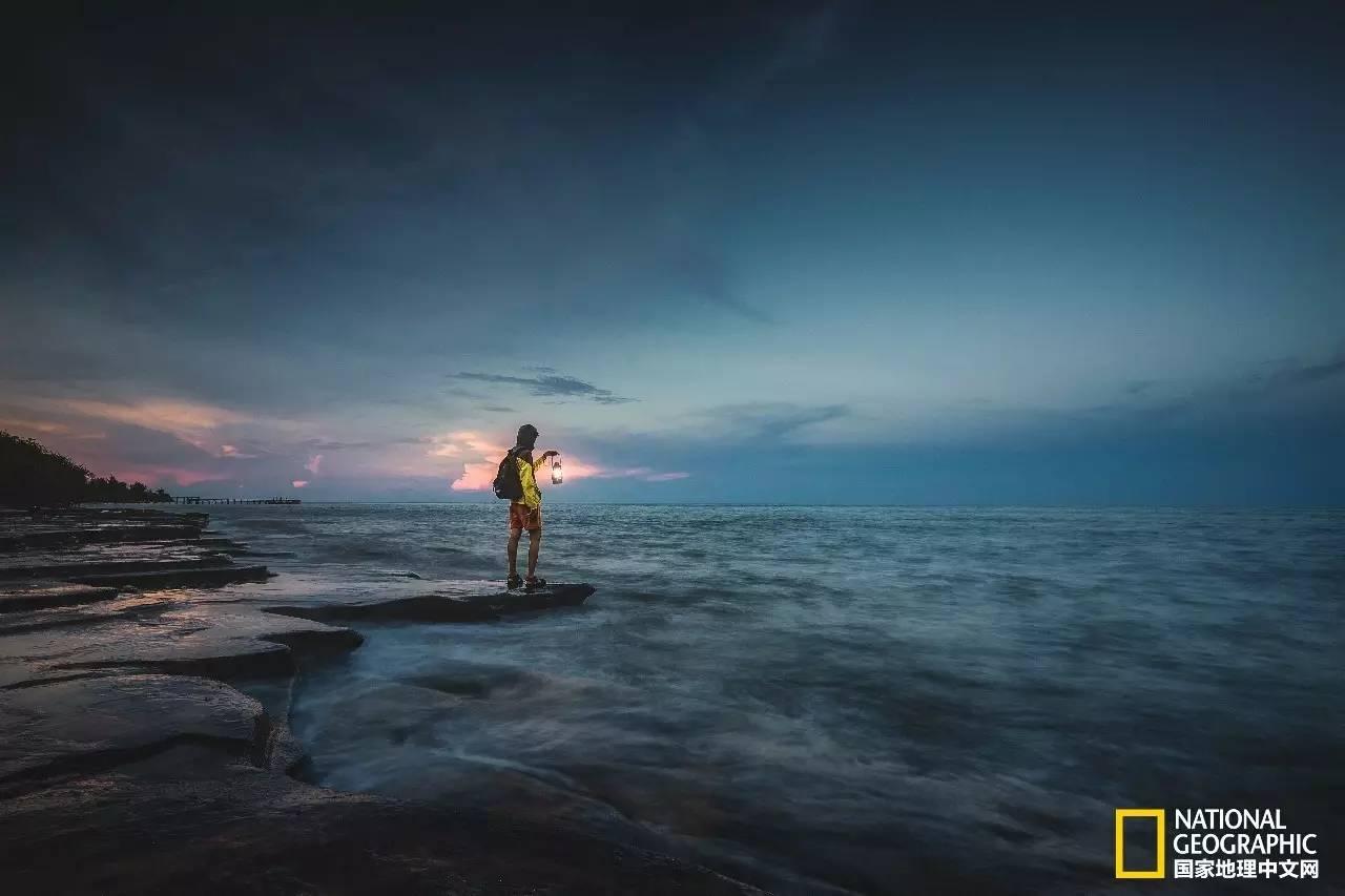 广西北海涠洲岛,碧海漂浮的翡翠,让整个苦夏都变甜了!