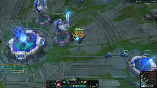 而且在游戏中,防御塔和水晶的模型都改成了电玩的风格.图片