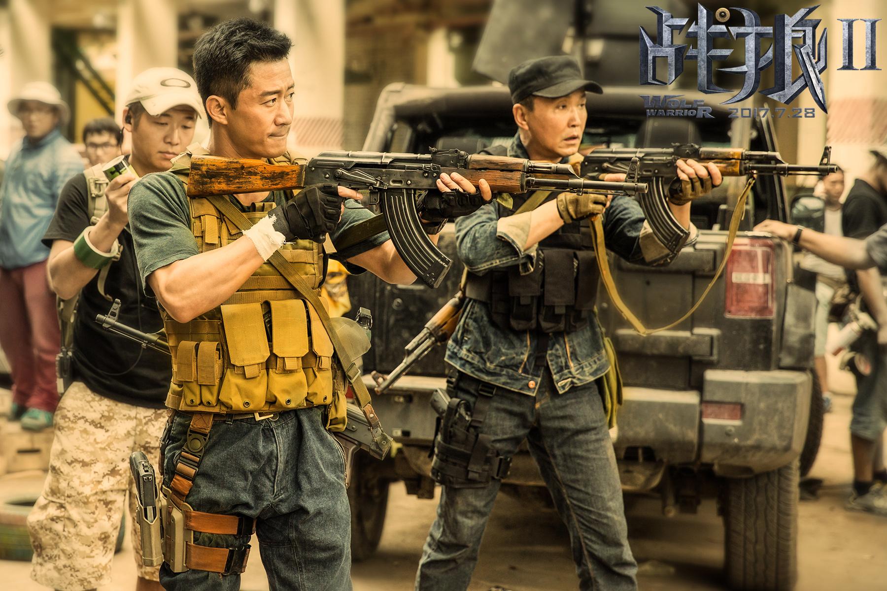 《战狼2》曝日记特辑 吴京泡水下13小时被抢救