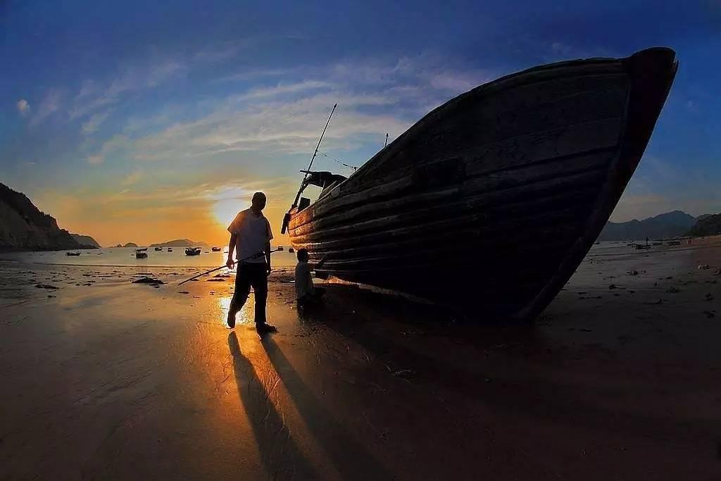 带上你的眼,去到这些景点| 这一次带你把枸杞岛看个够 ▲ 海上日落