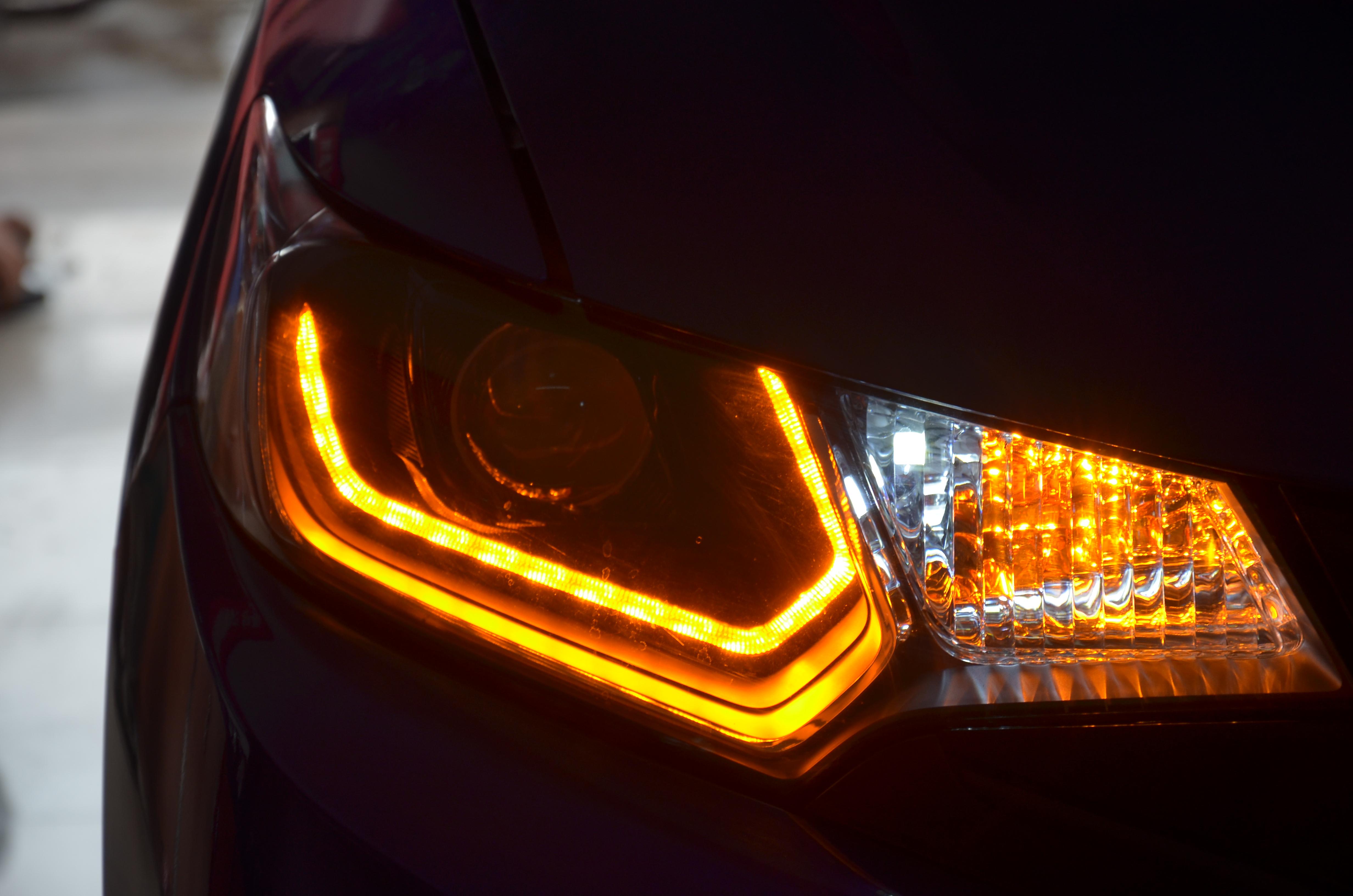 汽车大灯改装违法吗?