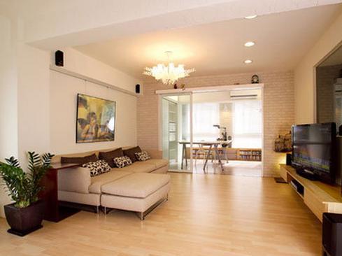 画框,再搭配上舒适和典雅的地毯,与欧式家具风格分类和硬装修相得益彰图片