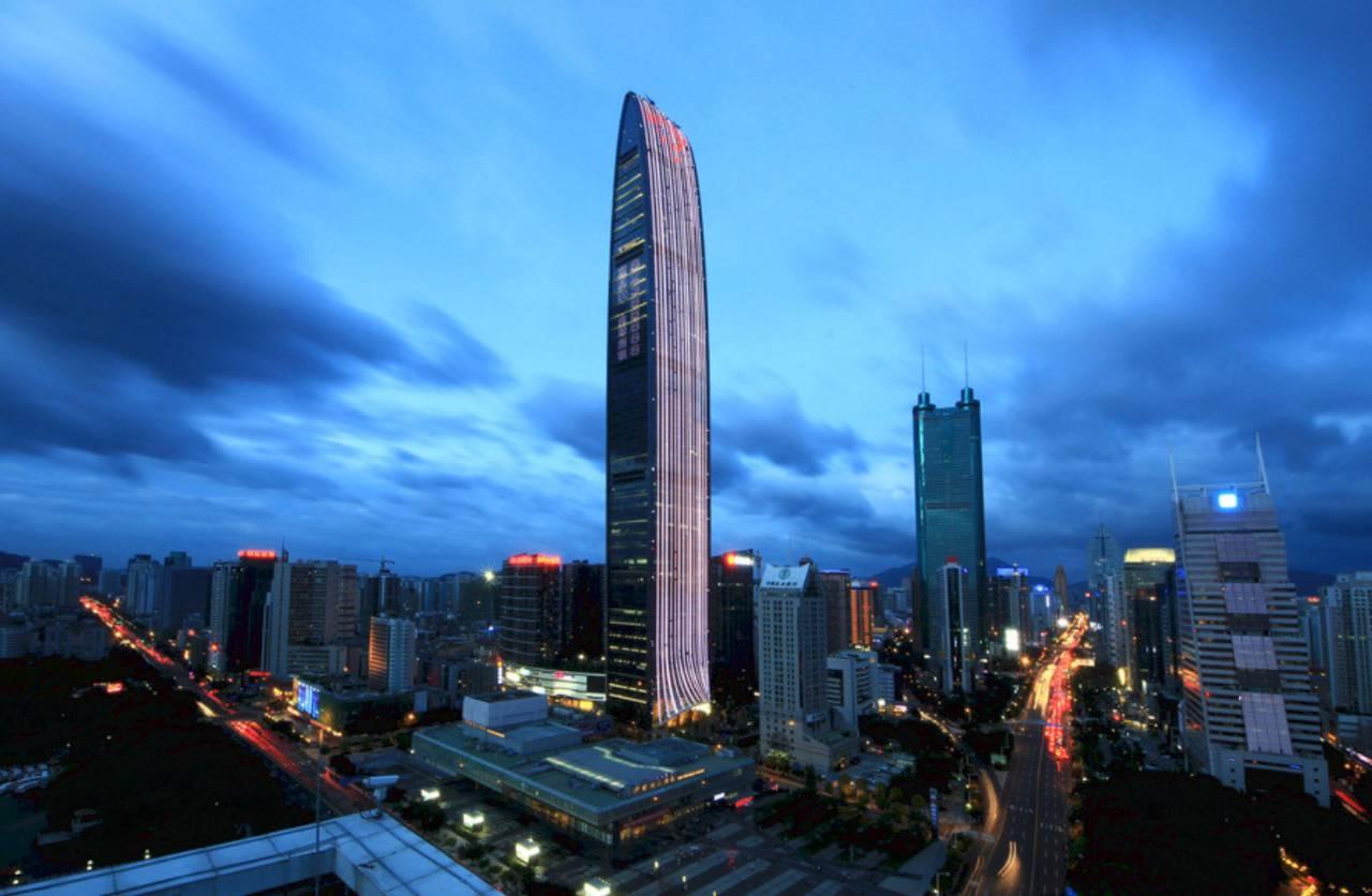 来自深圳的16支球队将争夺最终的锦标,冠军球队将代表广东参加9月16日图片