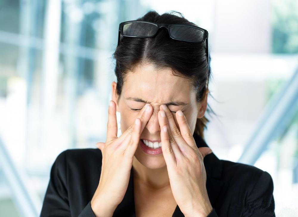 兒童眼瞼炎怎么治療
