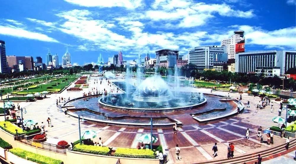 济南市区二县gdp_济南荷花音乐喷泉暂停喷放3天,还有这些夜游好去处