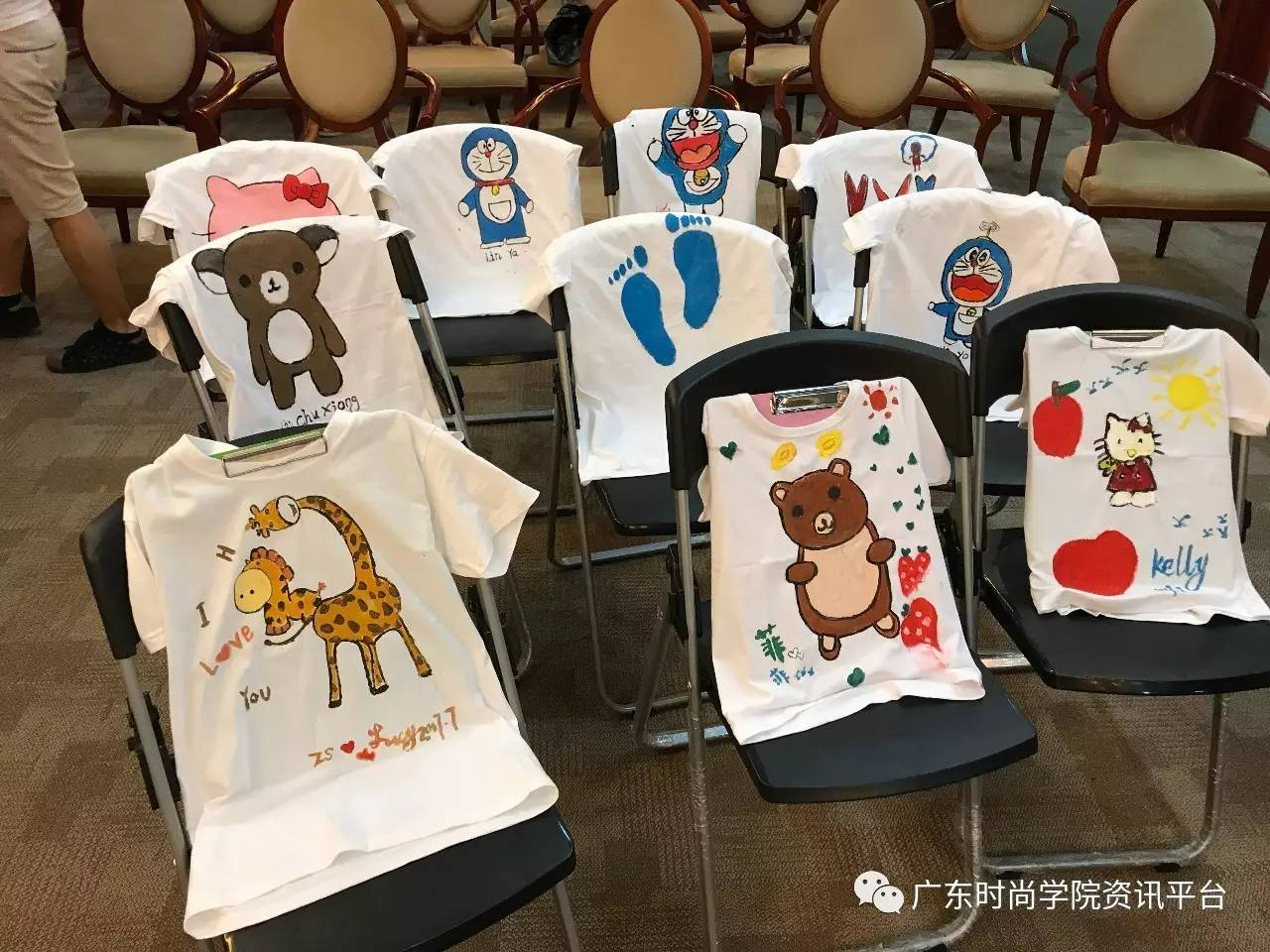 香港服装学院t恤diy亲子手绘温馨上演