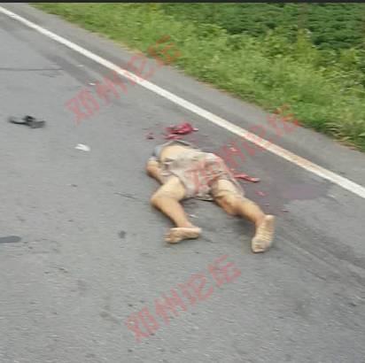 邓州夏集发生车祸,男子头部被碾碎,寻家属!图片