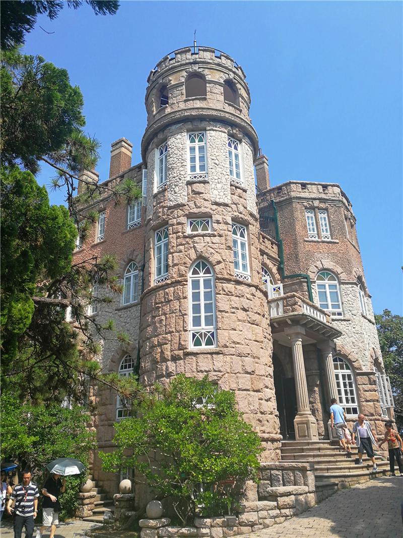 青岛八大关仅开放的历史明楼之一:花石楼