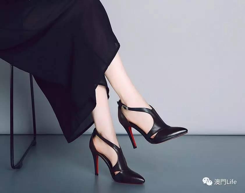 澳门美女穿高跟鞋必须要谨记两点:挑对,穿对!