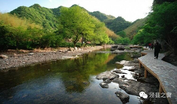 旅游 正文  安徽水墨汀溪风景区,地处宣城市泾县东南方的汀溪乡境内