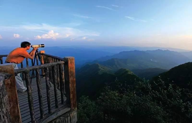 露营地址:黄水大风堡景区滑雪场露营基地 咨询电话:023—73347008或
