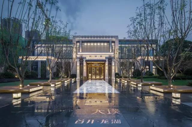 文化 正文  设计单位:landau朗道国际设计 项目地址:成都.三圣花乡.