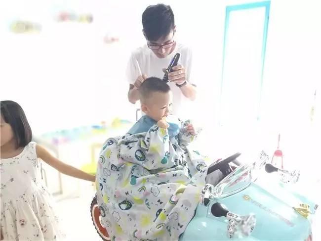 东港首家游乐场般的儿童理发沙龙,开幕啦!
