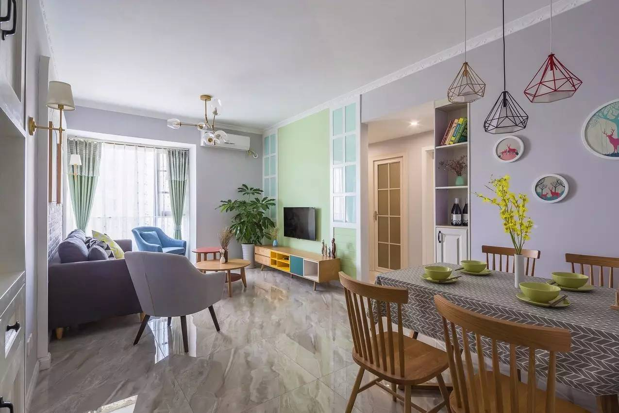 75㎡的北欧风格,电视 沙发背景墙竟美得如此脱俗