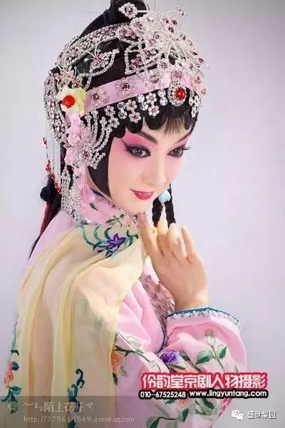 京剧花旦半脸手绘图片