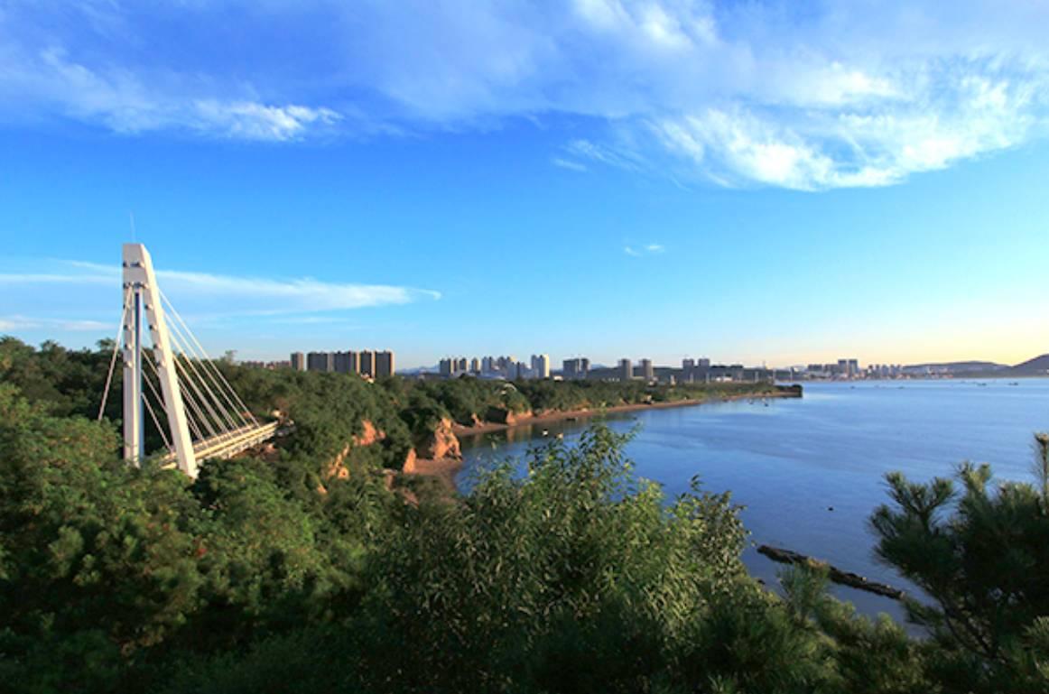 葫芦岛海滨龙回头观海廊