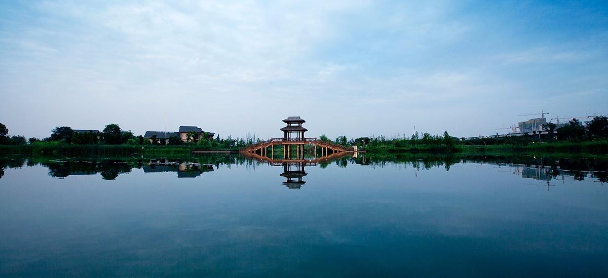 洋湖湿地碧波荡漾,湖泊星罗棋布,抒写生态绿色新篇章.图片