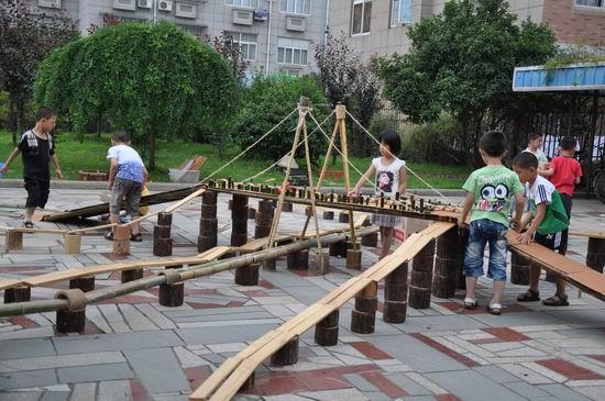 幼儿园户外体育活动区的环境创设