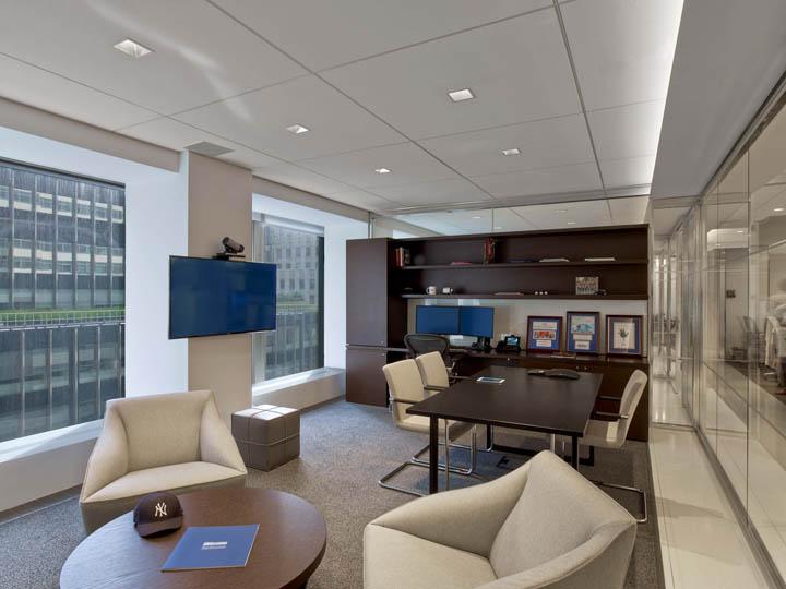 合肥投资公司办公室装修实景图