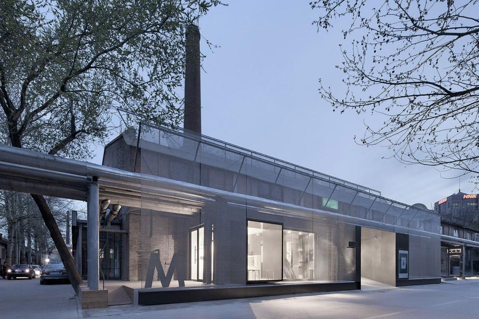 文化 正文  木木美术馆入口改造是一个位于北京798艺术区的城市更新
