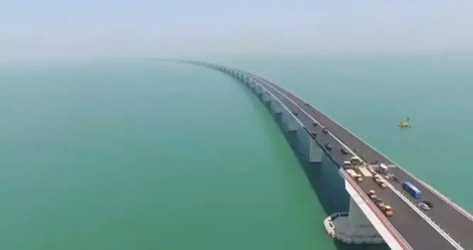 年 全球最长的跨海大桥贯通