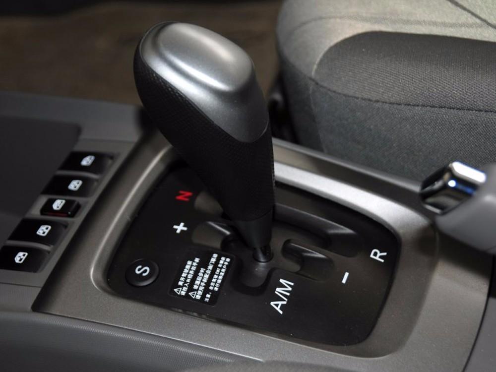 早在2011年就有很多雪佛兰赛欧车主投诉emt变速箱跳档,档位错乱.