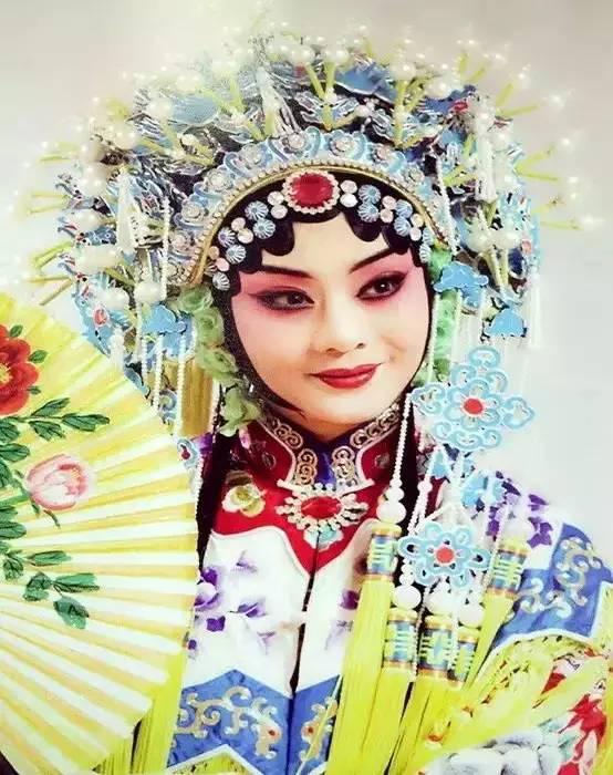 李胜素vs交响乐经典京剧《梨花颂》 太完美了
