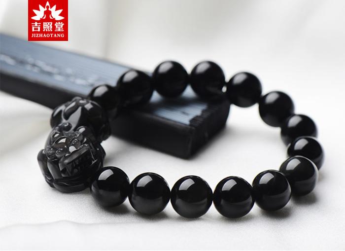 黑曜石貔貅手链的佩戴方法