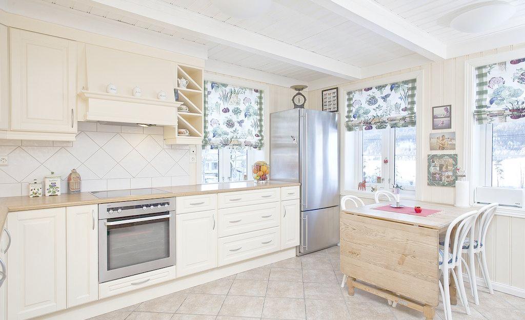 10平米的厨房如何装修出20平米的视觉?