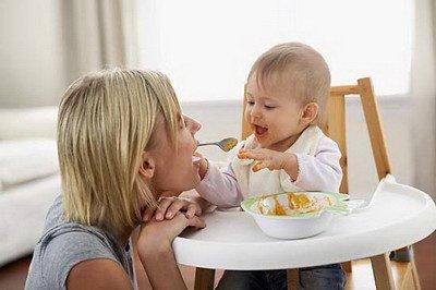 三个月婴儿奶粉量_五个月宝宝辅食食谱—美味奶香红薯泥