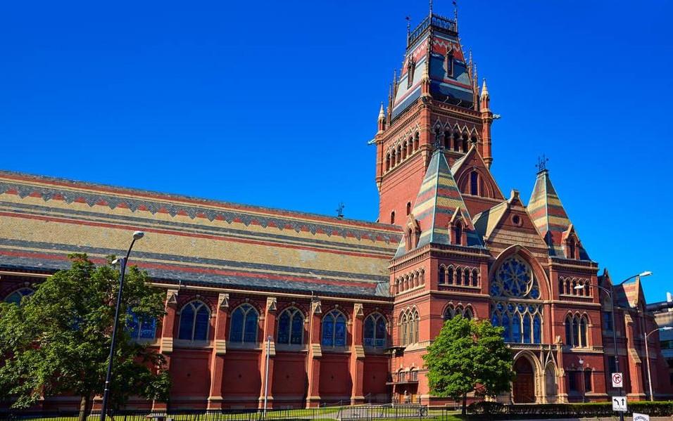 大�y�9�%9�._美国大学深度旅游:探访世界顶级名校